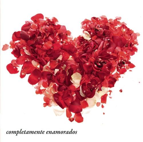 Completamente Enamorados by Various Artists
