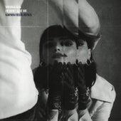He Don't Love Me (Karma Fields Remix) di Winona Oak
