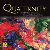 Quaternity de Thomas G. Leslie