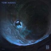 Parade Of Planets di Tom Hades