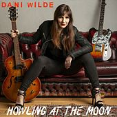 Howling at the Moon de Dani Wilde