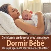Dormir Bébé - musique apaisante pour la mère et le enfant: s'endormir en douceur avec la musique von Toddi Boîte à Musique