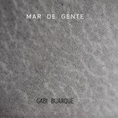Mar de Gente de Gabi Buarque