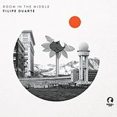 Room in the Middle by Filipe Duarte