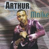 Mnike di Arthur