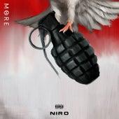 M8RE de Niro