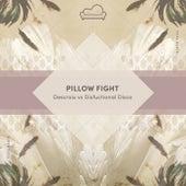 Pillow Fight von Descroix