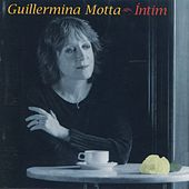 Íntim by Guillermina Motta