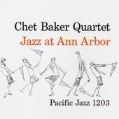Jazz At Ann Arbor (Live) von Chet Baker