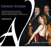 Grand Écran di Ensemble Triptikh
