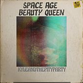 Space Age Beauty Queen van KYLE