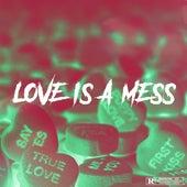 LOVE IS A MESS de Runaway