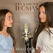 In the Arms of an Angel de Lucy Thomas
