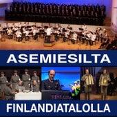 Asemiesilta Finlandiatalolla von Eri Esittäjiä