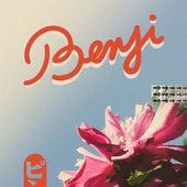 Benji by Népal