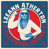 Cleaning House de Leeann Atherton