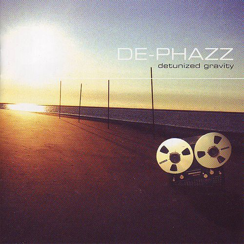 Detunized Gravity by De-Phazz