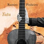 Tutu de Ramiro Pinheiro