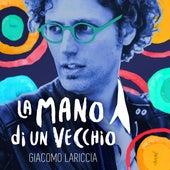 La mano di un vecchio by Giacomo Lariccia