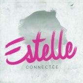 Connectée von Estelle