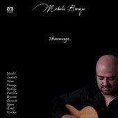 Hommage de Michalis Brouzos