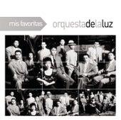 Mis Favoritas by Orquesta De La Luz