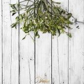 Under the Mistletoe by Vahn