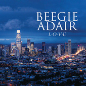L-O-V-E de Beegie Adair