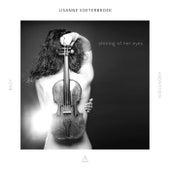 Shining of her eyes by Lisanne Soeterbroek