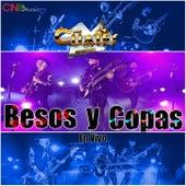Besos Y Copas (En Vivo) de Los Cuates De Sinaloa