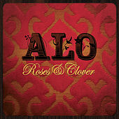 Roses & Clover by Alo