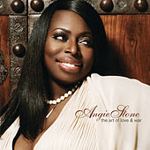 The Art of Love & War van Angie Stone