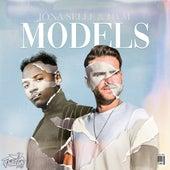 Models by Jona Selle