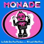 La Salle Des Pas Perdus by Monade