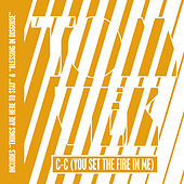 C-C (You Set The Fire In Me) de Tom Vek