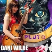 Pluto de Dani Wilde