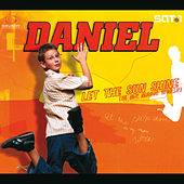 Let The Sunshine (In My Magic World) de Daniel