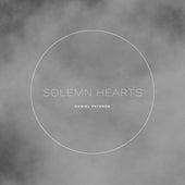Solemn Hearts de Daniel Paterok