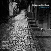 Distance von Grigoryan Brothers