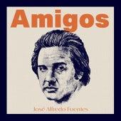 Amigos by José Alfredo Fuentes