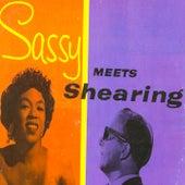 Sassy Meets Shearing! (Remastered) fra Sarah Vaughan