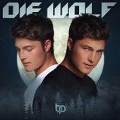 Die Wolf by Brendan Peyper