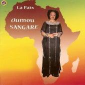 La paix (La paix au Mali et en Afrique) by Oumou Sangare