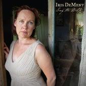 Sing the Delta di Iris Dement