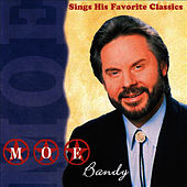 Sings His Favorite Classics de Moe Bandy