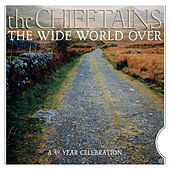 The Wide World Over: A 40 Year Celebration de Various Artists