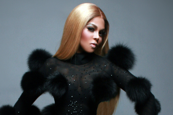 lil-kim-naked-in-notorious-mature-massueses-in-nj
