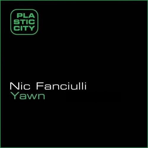 Yawn von Nic Fanciulli