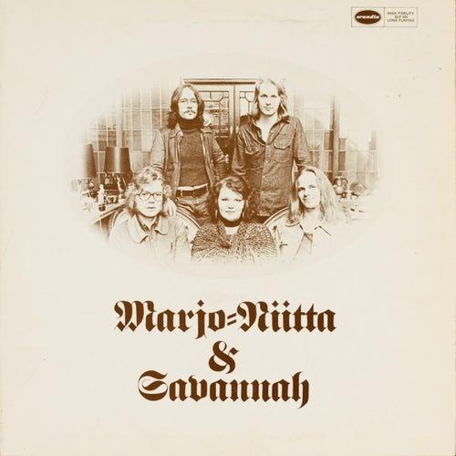 Marjo-Riitta & Savannah by Ben Watt