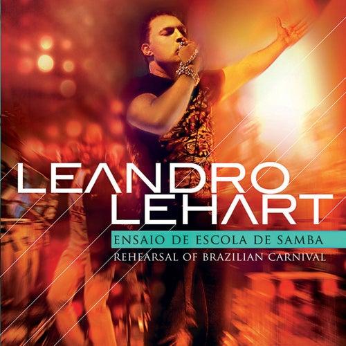 Ensaio de Escola de Samba by Leandro Lehart